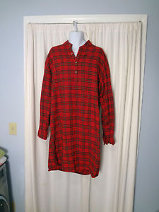 The muumuus look just like this but are eighty percent more sexy. Which is kind of like multiplying zero by eighty. (Photo Credit : ebay.ca)